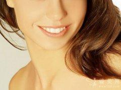 驼峰鼻矫正手术有风险吗?